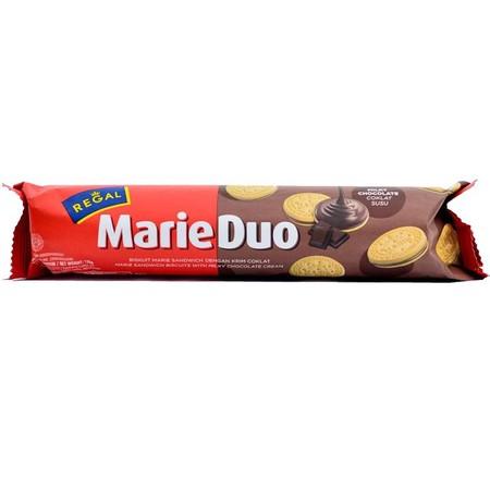 Biskuit sandwich dengan biskuit Marie Regal yang dikenal, dengan krim coklat yang terbuat oleh mentega dan bubuk kakao. Krim coklatnya tidak terlalu manis dan rasa coklat membuat tambahan cita rasa dari biskuit Marie Regal.