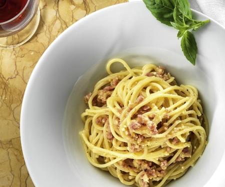 Pasta spagheti dengan home made  carbonara sauce