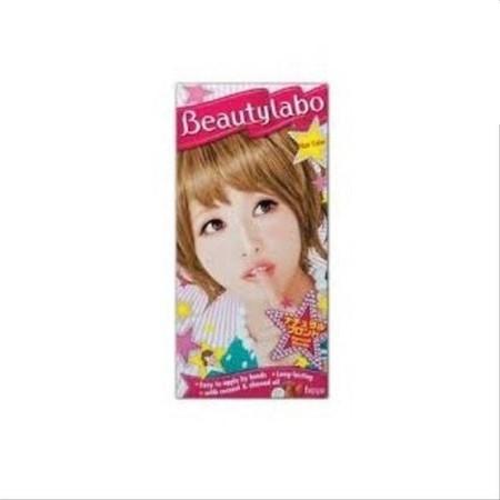 """Beautylabo Hair Colorant ini dikenal dengan sebutan """"Beautylabo"""". Praktis dan cocok untuk pemula sebab dapat diaplikasikan dengan mudah menggunakan tangan. Produk ini merupakan pewarna rambut dari Jepang yang memberikan pilihan warna-warna fashion yang se"""