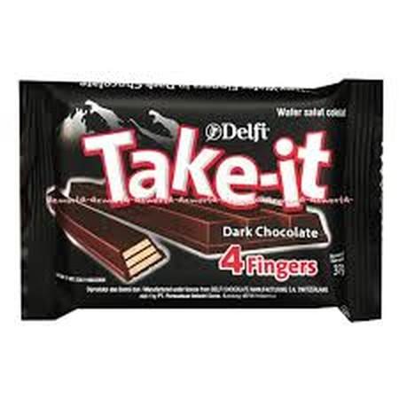 Delfi ini berbeda dengan cokelat Delfi lainnya karena terdapat wafer yang dibalut lapisan cokelat khas Delfi yang menciptakan cita rasa wafer cokelat premium yang lezat dan gurih untuk dapat dinikmati segala jenis usia. Dikemas dalam bungkusan plastik dan