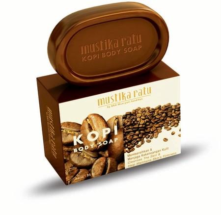 Mustika Ratu Body Soap merupakan sabun batang diperkaya ekstrak kopi yang kaya akan vitamin.