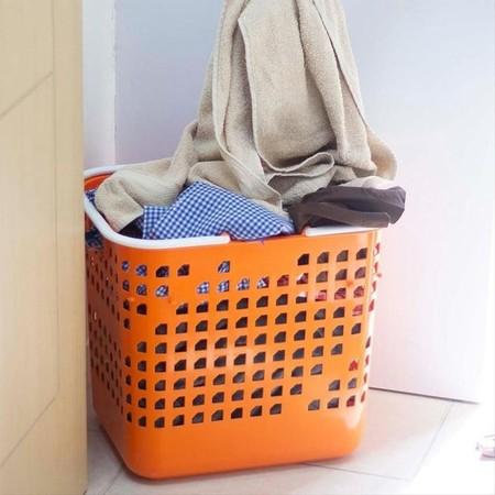 Elmore Claris Basket L 2396 -  Large sized laundry basket. Size: P x L x T (41.5cm x 33.2cm x 37.5cm)