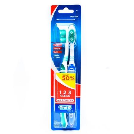 Sikat gigi dengan bulu sikat yang lembut dan dapat membersihkan sela-sela gigi dengan baik. Mempunyai gagang sikat yang panjang & kuat.