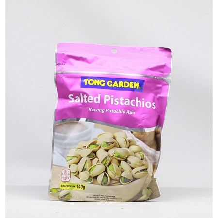 Tong Garden Salted Pistachios 140gr adalah snack yang dibuat dengan pistachio California yang dibuka secara alami. Diproses secara higienis dan tanpa bahan pengawet. Selain itu, Pistachio adalah sumber serat makanan, protein nabati dan energi yang sangat