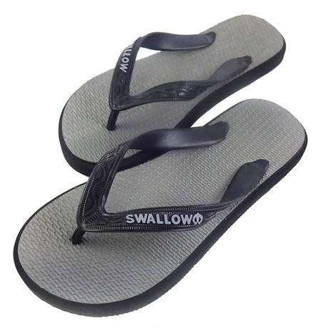 Slipper Swallow adalah Alas kaki berbahan karet yang lentur dan nyaman untuk keperluan sehari hari dengan warna Abu-Abu menarik, size 10