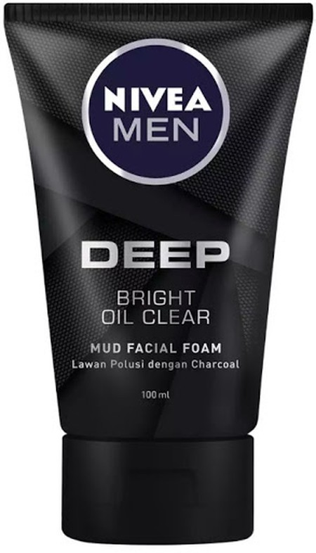 Nivea Men Deep Bright Oil Mud Facial Foam Kotoran dan polusi berpotensi membuat wajah menjadi kusam! Gunakan NIVEA MEN Deep Mud Foam dengan Black Charcoal & Black Vitamin membantu membersihkan kotoran dan polusi pada kulit hingga pori terdalam dan juga me