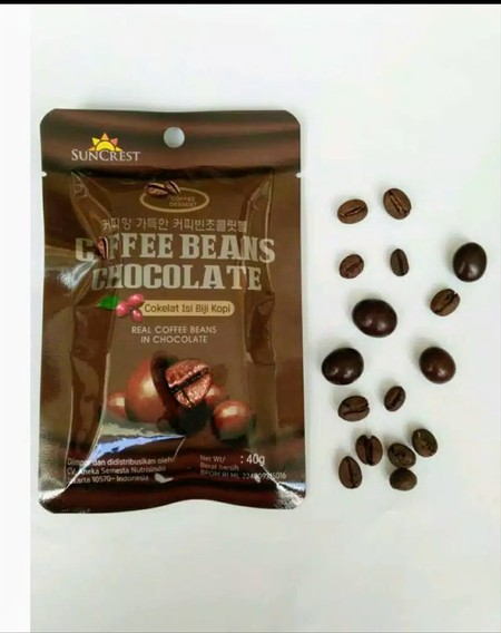 coklat isi biji kopi. nikmati sensasi duo rasa dari coklat dan kopi.