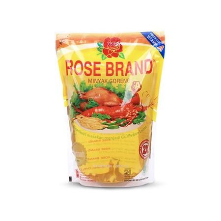 Minyak goreng Rose Brand terbuat dari kelapa sawit pilihan berkualitas, diproses secara modern dengan teknologi tinggi secara higienis untuk membuat semua masakan anda menjadi lebih gurih dan lezat. Minyak goreng ini mengandung BETA karoten, omega 9, vita