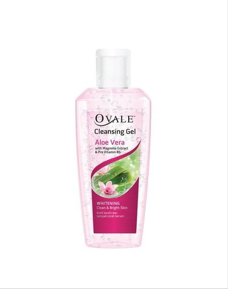 OVALE Cleansing Gel Whitening 100ml merupakan pembersih wajah yang berbentuk gel yang diperkaya oleh lidah buaya yang dapat mencerahkan kulit dan melembutkan kulit Anda. Pembersih wajah ini memiliki sensasi dingin yang menyegarkan untuk kulit Anda.