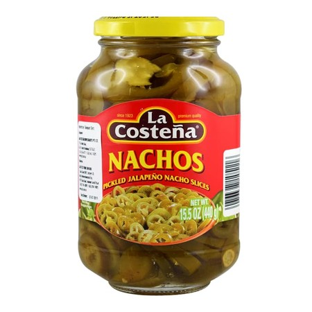 Acar cabai jalapeno nacho potong dari produsen La Costena.