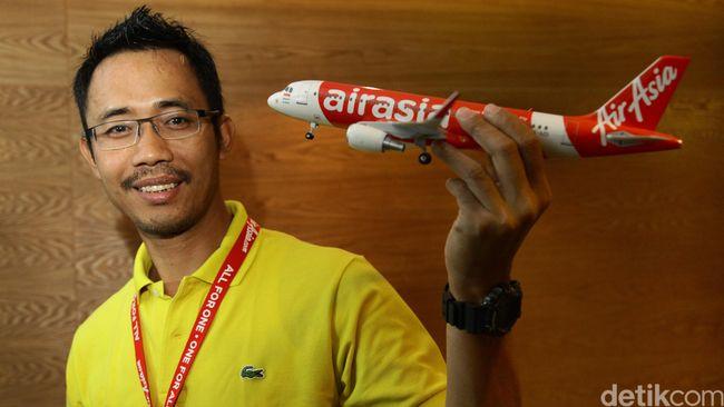 Indonesia AirAsia telah meminta Pertamina untuk bersedia menerima pembayaran avtur dalam bentuk rupiah, namun tidak ditanggapi.