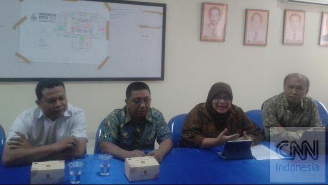 IKAPI bantah peran mafia penerbitan sebagai dalang keterlambatan pendistribusian bupel ke sejumlah sekolah di Indonesia. Terbatasnya kapasitas mesin perusahaan percetakan diklaim sebagai penyebab utama.