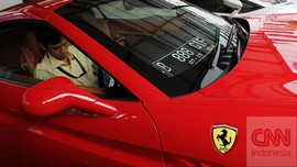 Pria AS Ditangkap Usai Beli Ferrari Pakai Dana Bantuan Covid