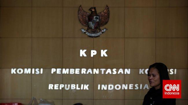 KPK menyebut OTT atas dugaan korupsi terhadap pejabat Kementerian PUPR kemungkinan terkait proyek penyediaan air minum di sejumlah daerah.