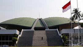 DPR Duga Rekaman Rini-Sofyan Terkait Proyek LNG Bojonegara