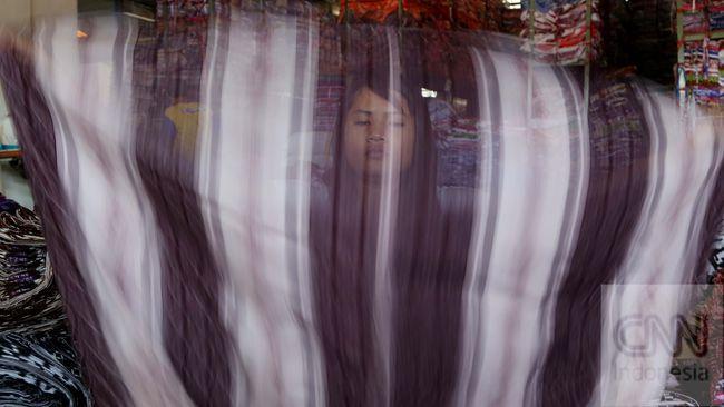 Jokowi memerintahkan Kemenperin menjaga industri garmen supaya tak kalah dari Vietnam.