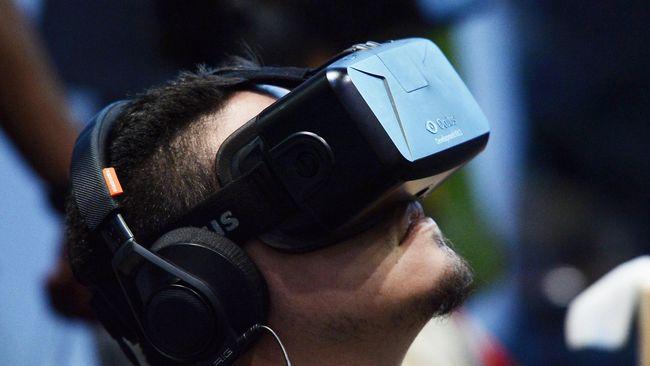 Perangkat virtual reality bisa membuat mual karena gambar yang ditampilkan tidak mengandung kedalaman, sehiingga mata tidak fokus pada objek dekat dan jauh.