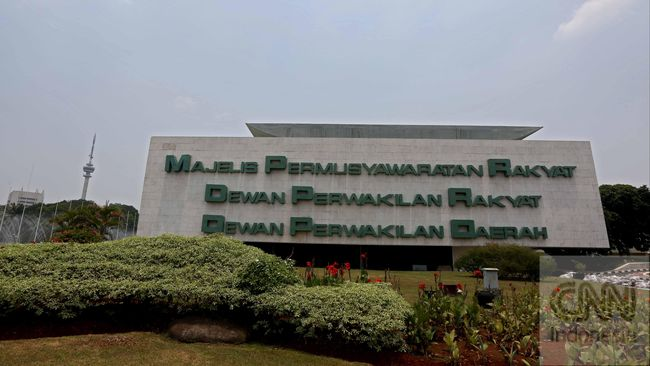 Demokrat berharap PDIP bisa membalas kebaikan partai besutan SBY yang telah menyerahkan jabatan Ketua MPR ke mendiang Taufik Kiemas pada 2009.