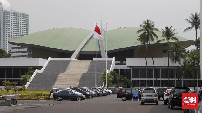 Gedung DPR, Jalan Gatot Subroto, Jakarta Selatan.