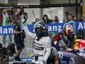Kecelakaan Bianchi Warnai Kemenangan Hamilton