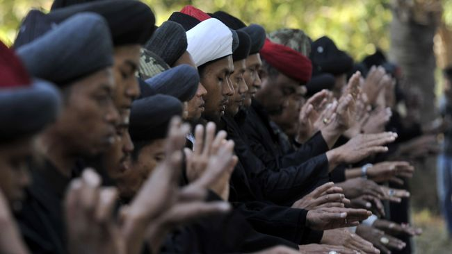 Jemaah An-Nadzir di Kabupaten Gowa, Sulsel, akan merayakan hari raya Idulfitri 1442 H pada Rabu (12/5) besok.