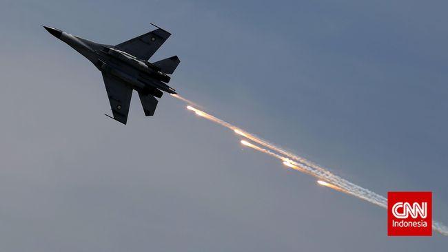TNI AU mengatakan pemerintah sepakat mendatangkan jet tempur siluman Sukhoi Su-35 dari Rusia. Menhan lebih memilih Su-35 ketimbang F-16 Viper buatan AS.