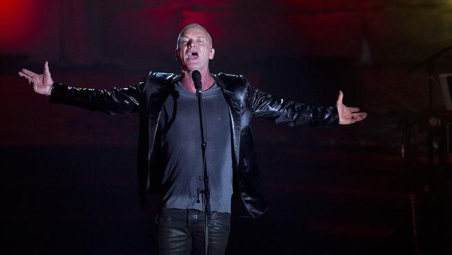 Sting, musisi asal Inggris pernah dua kali konser di Indonesia. Ia bahkan pernah menyatakan dukungan untuk Jokowi saat pilpres tahun lalu.