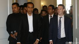 Mark Zuckerberg Bicara Efisiensi Internet