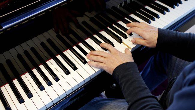 Uniknya para peneliti menilai kondisi tuna rungu Beethoven justru membuatnya lebih sensitif terhadap irama jantungnya sendiri yang tidak teratur itu.