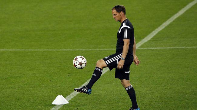 Remaja berbakat dari klub Barcelona, Andre Onana, akan bermain untuk Ajax Amsterdam selama tiga tahun.