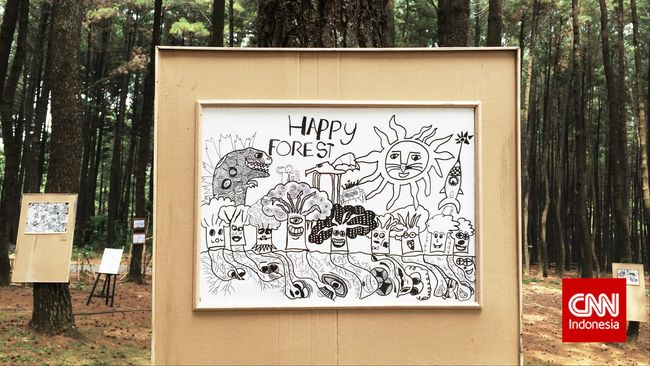 Aqil Prabowo, pelukis cilik yang juga menderita disleksia, baru saja menuntaskan pameran tunggal di Jakarta. Ada kegiatan mulia di balik pamerannya itu.