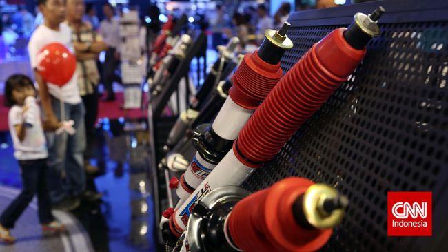 Menambah aksesoris motor yang berhubungan dengan kelistrikan bisa membuat motor korsleting bahkan kebakaran, jika pemasangannya tidak benar.