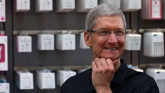 Hubungan antara Tim Cook dengan Steve Jobs di Apple bukan sekedar urusan atasan dengan bawahan. Ada ikatan emosional diantara keduanya.