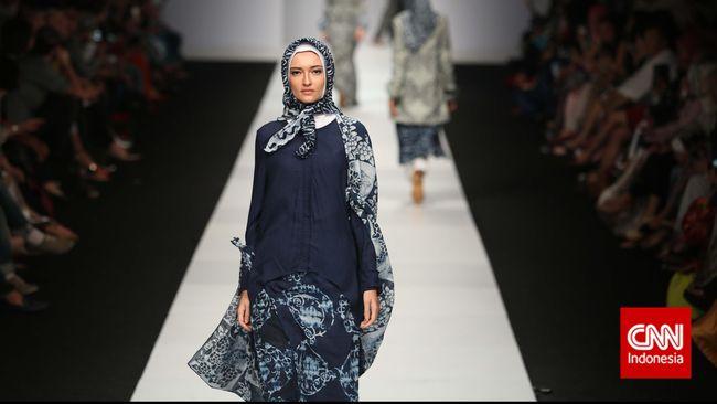 Mewujudkan Mimpi Indonesia Jadi Kiblat Busana Muslim Dunia