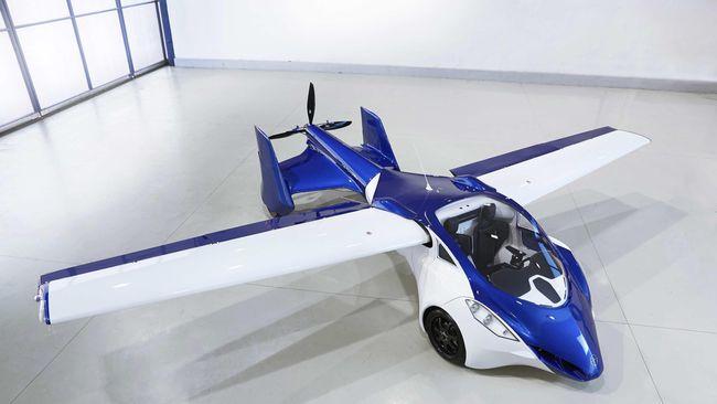 Jenuh dengan kemacetan mobil di darat, bukan tidak mungkin di masa depan akan ada mobil yang menderu di udara.