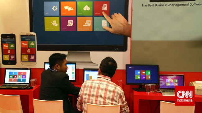 Pemerintah China disebut bisa mengganti semua perangkat lunak dan perangkat komputer dari kantor pemerintahan.