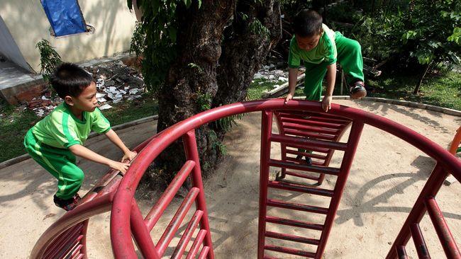 Indonesia saat ini dinilai mengalami darurat nasional kekerasan seksual terhadap anak. Sebanyak 58 persen dari total kasus adalah kekerasan seksual anak.