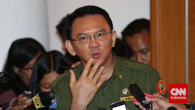 Pemprov DKI Jakarta berkeras menggunakan draf APBD 2015 versi e-budgeting yang tak memasukkan rincian anggaran hingga satuan ketiga seperti kehendak DPRD.