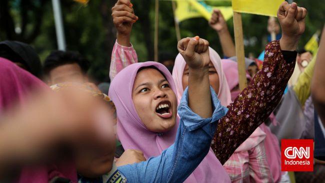 Universitas Halu Oleo (UHO) Kendari memprotes isu beasiswa Bidikmisi atau Kartu Indonesia Pintar di kampus tersebut dijadikan bahan kampanye Pilkada 2020.