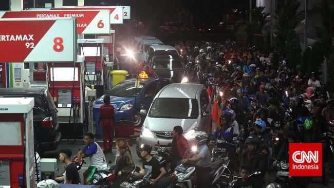Prognosa terakhir PT Pertamina (Persero) yakinkan kuota bahan bakar minyak (BBM) bersubsidi tahun ini jebol sebanyak1 juta kiloliter (kl).