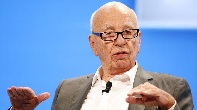 Posisi CEO di 21st Century Fox rencananya diisi oleh James Murdoch yang dinilai siap menjalankan perusahaan dan berani mengambil risiko seperti ayahnya.