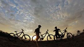 Wali Kota Banda Aceh Buru Perempuan Bersepeda Tanpa Jilbab
