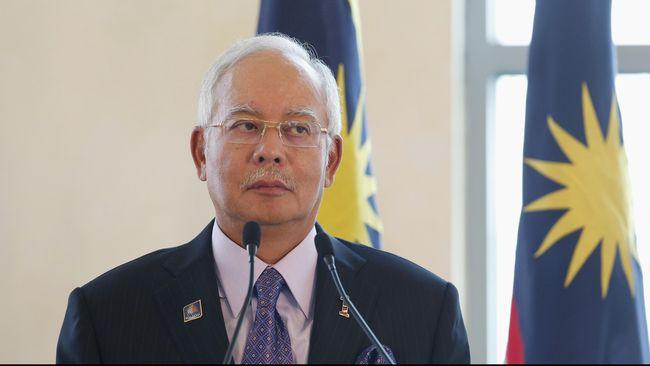 Hampir US$700 juta dana dari lembaga investasi 1 Malaysia Development Berhad (1MDB) mengalir ke rekening pribadi PM Malaysia, Najib Razak.