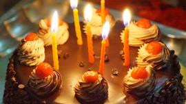 Cake Shield, Melindungi Kue saat Tiup Lilin Ulang Tahun