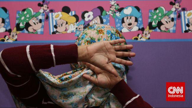 Seorang gadis korban gempa Palu menjadi korban TPPO usai diimingi kerja di Restoran Malaysia dengan gaji 1.000 ringgit.