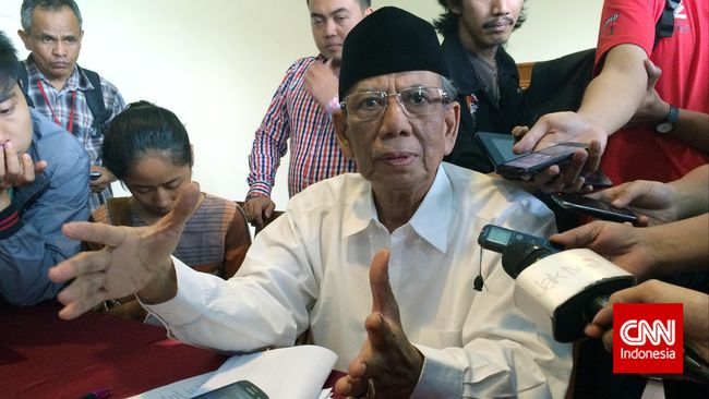 Hasyim Muzadi: Jangan Persoalkan Rekaman tapi Speaker Masjid