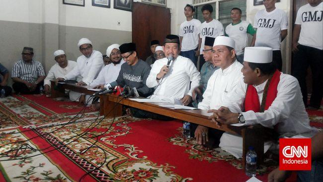 Kabid Pelayanan Medis dan Perawatan RS Polri Kombes Pol Yayok Witarto menyatakan almarhum Fahrurrozi positif Covid-19.