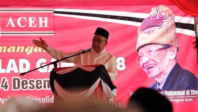Mantan Gubernur Aceh Zaini Abdullah yang positif terpapar virus corona menjalani perawatan intensif di Rumah Sakit Umum Zainoel Abidin, Banda Aceh.