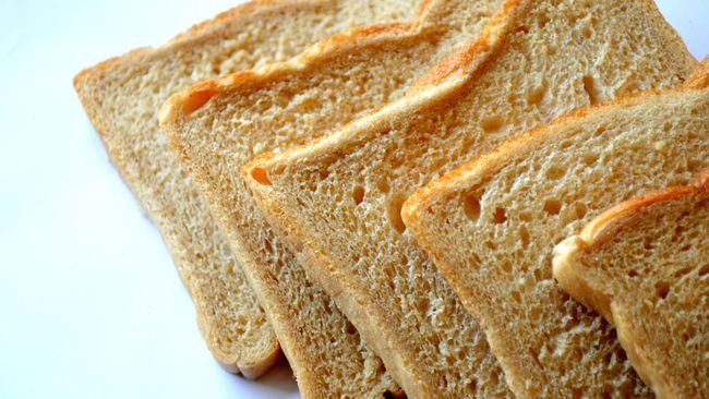 Roti jadi pilihan praktis untuk menu sarapan. Tapi melulu kombinasi roti tawar dan selai juga bisa bikin bosan. Berikut kreasi mengolah roti yang layak dicoba.