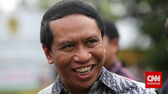 Sekjen Golkar versi Munas Jakarta, Zainuddin Amali di kantor Dewan Pimpinan Pusat Golkar, Slipi, Jakarta Barat, Selasa, 9 Desember 2014.CNN Indonesia/Safir Makki